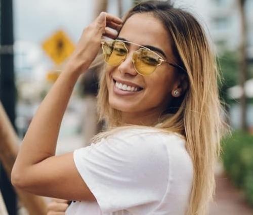 Anitta vai cantar sucesos da MPB na São Paulo Fashion Week