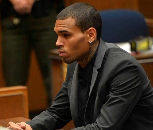 Não é a primeira vez que Brown se envolve em questões judiciais (Divulgação)