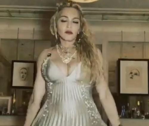 'Tem algum problema?', respondeu a cantora após crítica de produtor (Instagram)