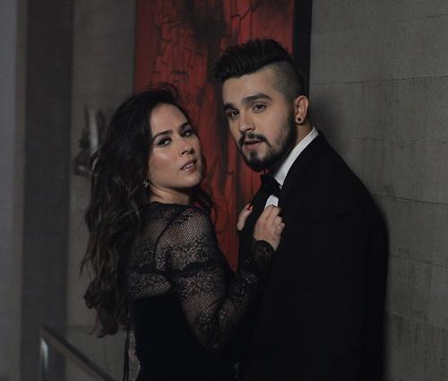 Luan e Tatá vivem um casal apaixonado no clipe (Francisco Cepeda/AgNews)