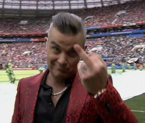Músico britânico gerou polêmica em plena abertura do Mundial de futebol (Repr.)