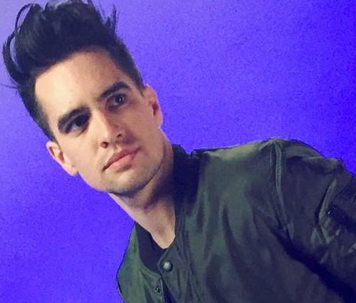 'Realmente não ligo', diz cantor após definir-se como pansexual (Rep./Instagram)