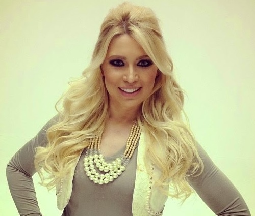 Elaine é uma das maiores cantoras gospel do Brasil (Divulgação)