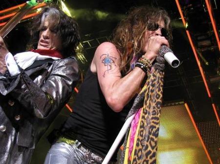 Aerosmith volta ao estúdio depois de polêmica com Steven Tyler