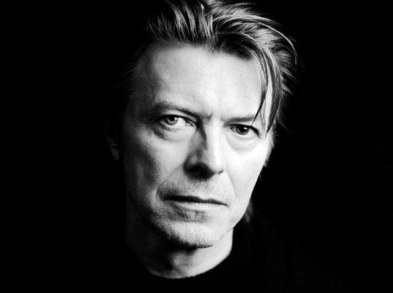 Bowie faleceu em janeiro de 2016, vítima de um câncer (Divulgação)