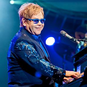 Elton John contrai infecção 'potencialmente mortal' na América do Sul