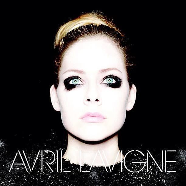 Avril Lavigne: ouça parceria da cantora com Marilyn Manson